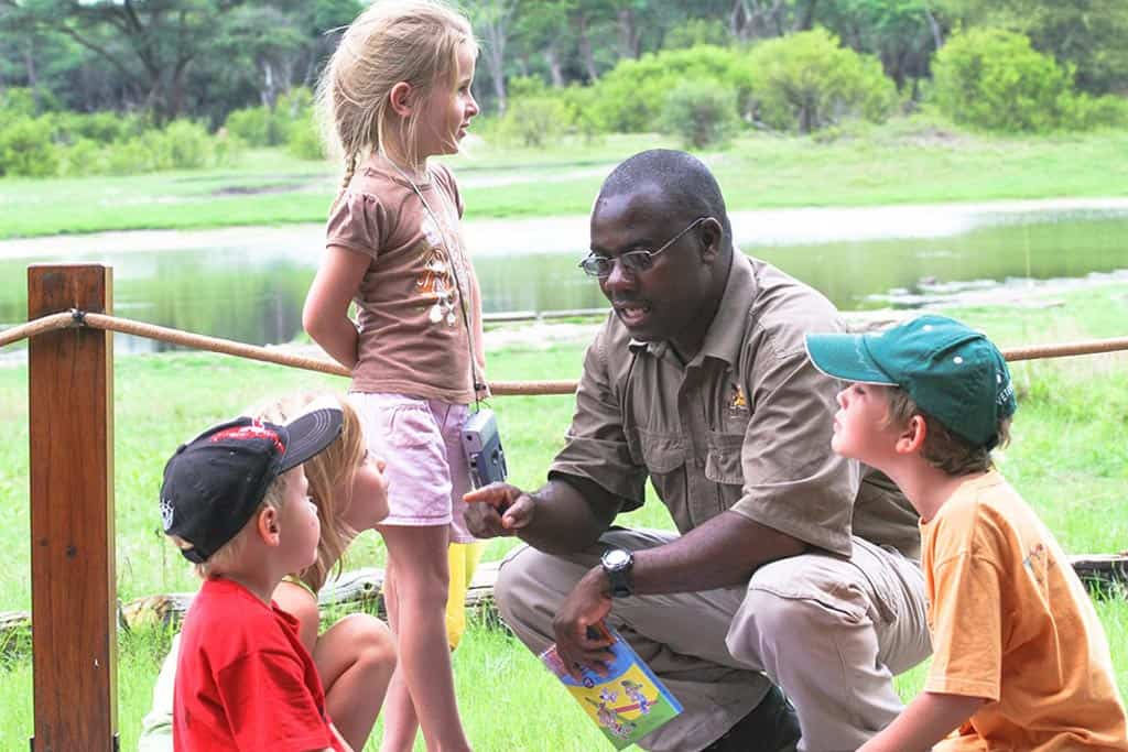 The hide national park ranger speaking to children