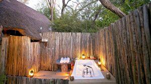 The Hide Main Lodge Outdoor Bathtub