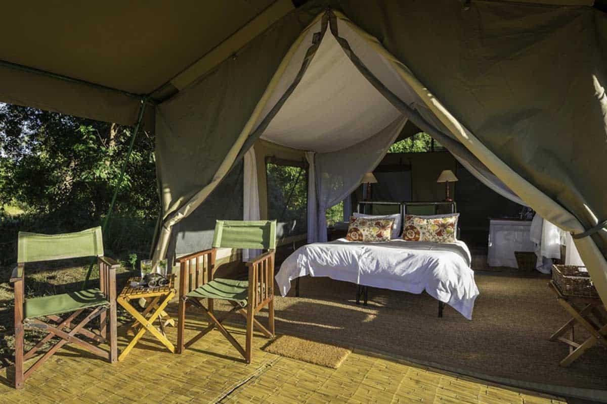 John's Camp Accommodation